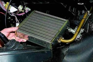 Замена радиатора печки КИА